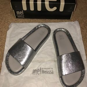 Mel by Melissa girls slides